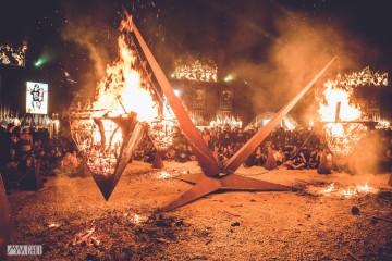 PYRAMIDE-EN-FEU-HELLFEST-2015