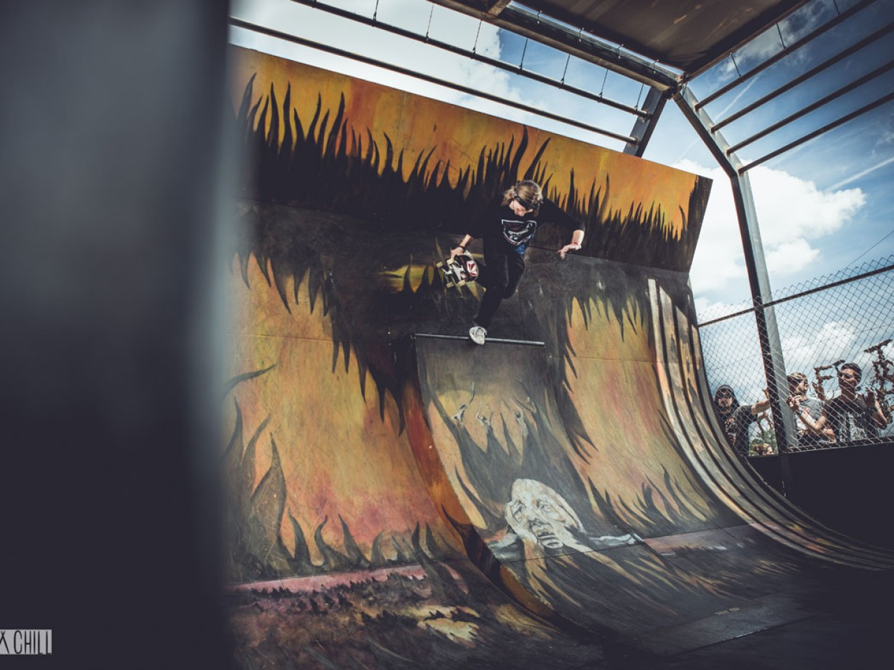 SKATE-WALL-CROSS-DA-CRUZ-SKATEPARK-MADNEOM-HELLFEST-2015