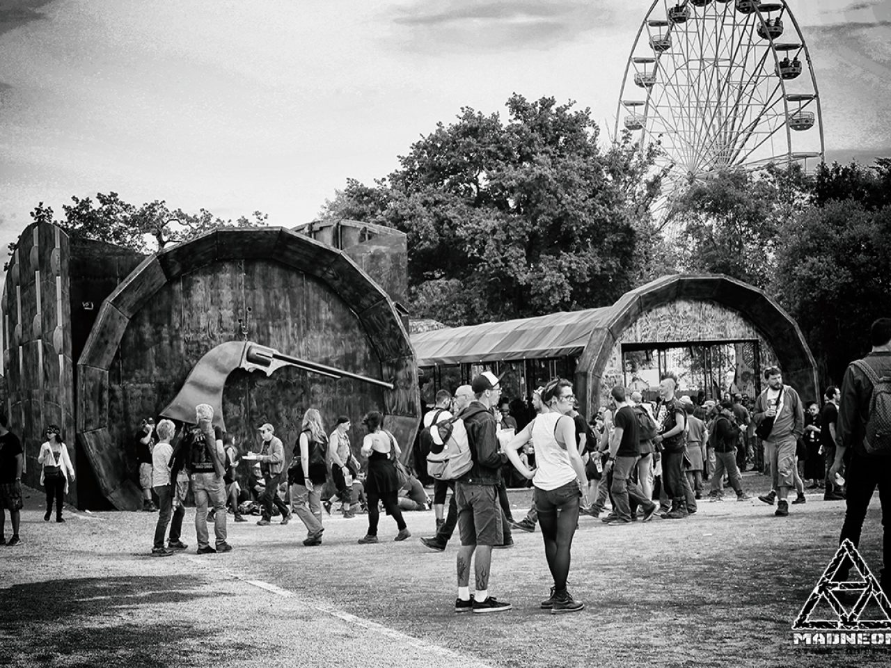 Madneom- Warzone Hellfest 2016 – Bar muscadet Vin de Nantes