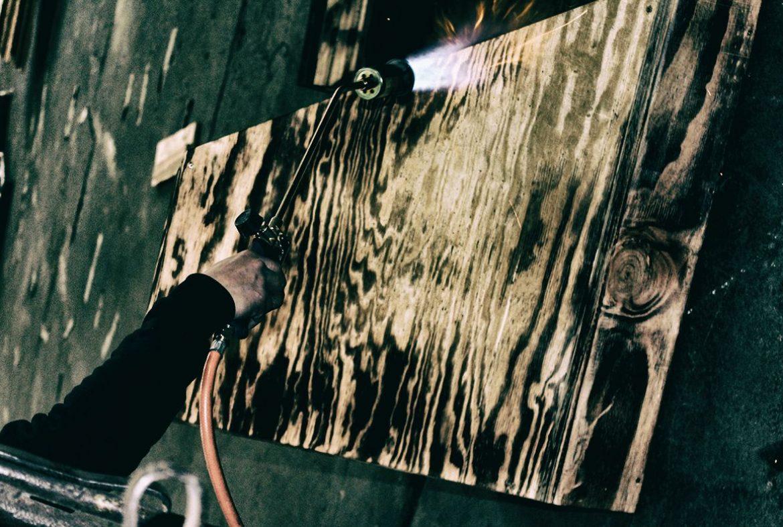 Madneom-Atelier patine bois – bar a muscadet Hellfest 016