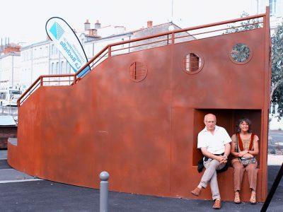 bateau-madneom-carrefour-des-mobilites-la-rochelle-copie