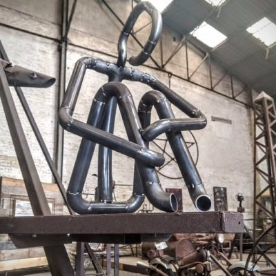 bonhomne sculpture madneom