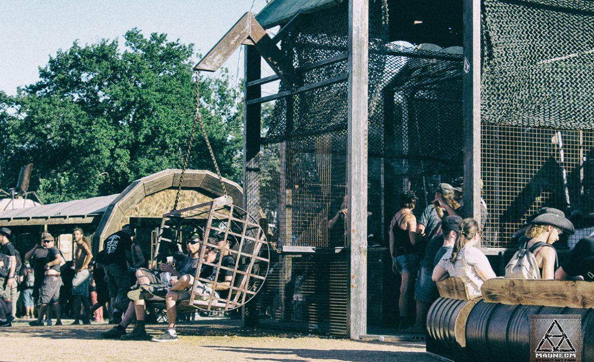 balancelle cage warzone hellfest 2017- Madneom Street Art Park