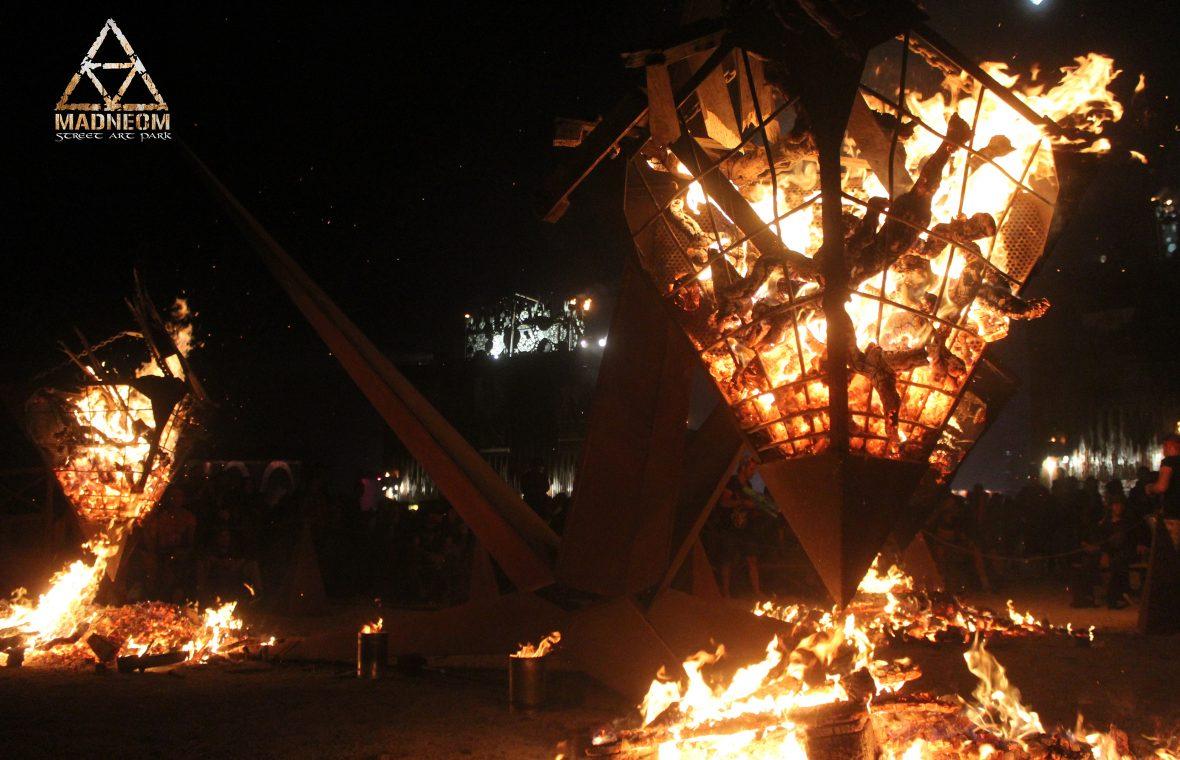 MADNEOM pyramide de feu madneom hellfest 2018