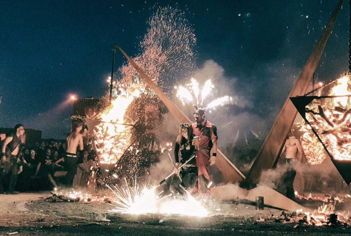 Pyramide de feu Madneom Pyros Sound of fire Arte Hellfest 219
