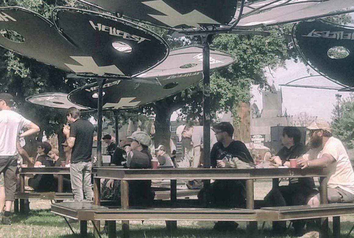 table papillon Madneom Hellfest 2019
