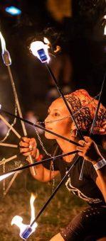 animation feu floria lunet pyramide de feu madneom festival tribal elek 2019