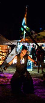animation feu guillaume chenier pyramide de feu madneom festival tribal elek 2019