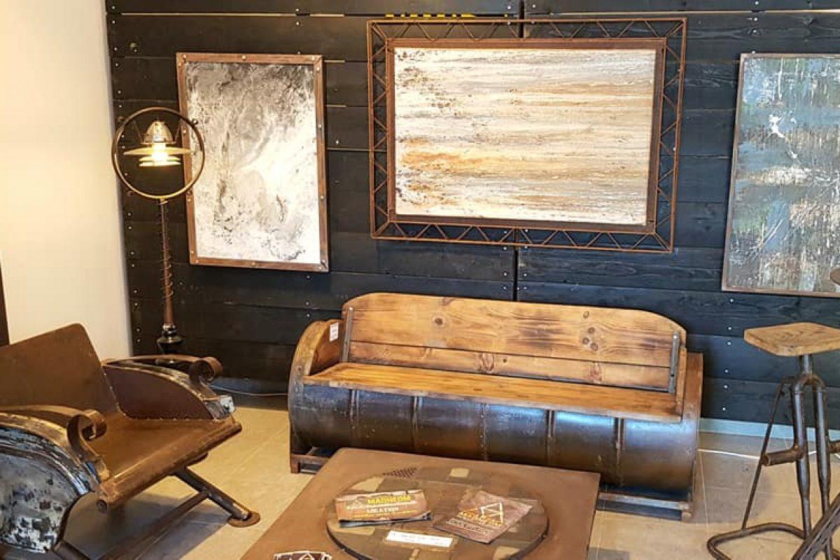 mobilier luminaire et peinture madneom salon deco et habitat Fontenay le Comte 2019